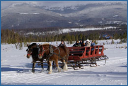 Group Sleigh Rides are perfect for the holidays in the Colorado Rocky Mountains